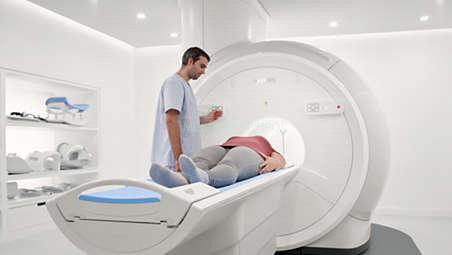 Удобная укладка пациента позволяет ускорить проведение томографии в 79 процентов