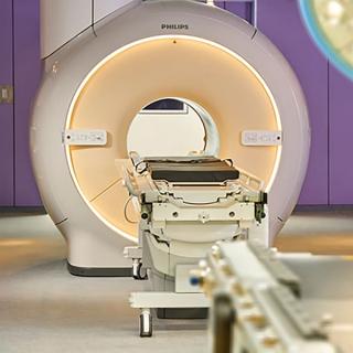 Интраоперационная МРТ с Ingenia 1.5T и Ingenia 3.0T