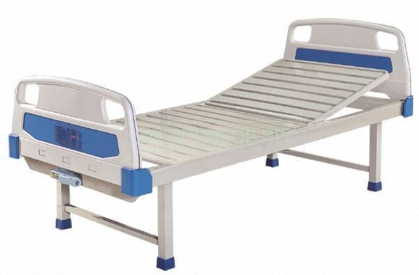 Кровать BLT 8538 (G), 1 функция, механика. Каркас и 2-х секционное ложе изготовлены из стали с полимерно-порошковым покрытием, устойчивым к обработке дезинфицирующими и моющими средствами.